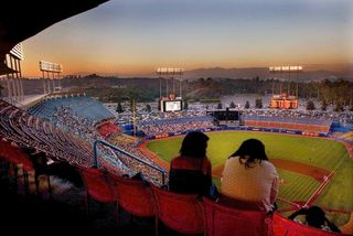 Dodger-stadium-at-night