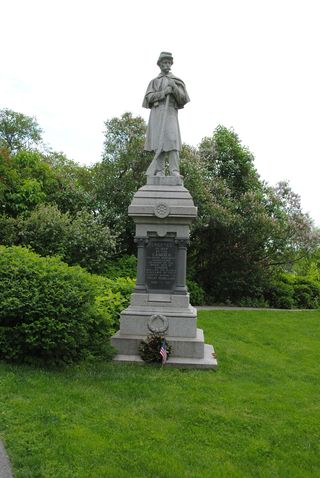Turnier-camden-maine-monument