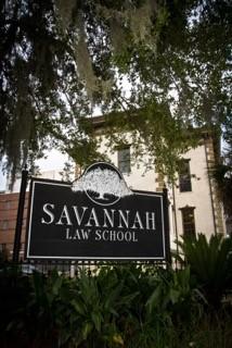 Savananh Law School